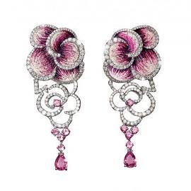 Rose carpet earrings